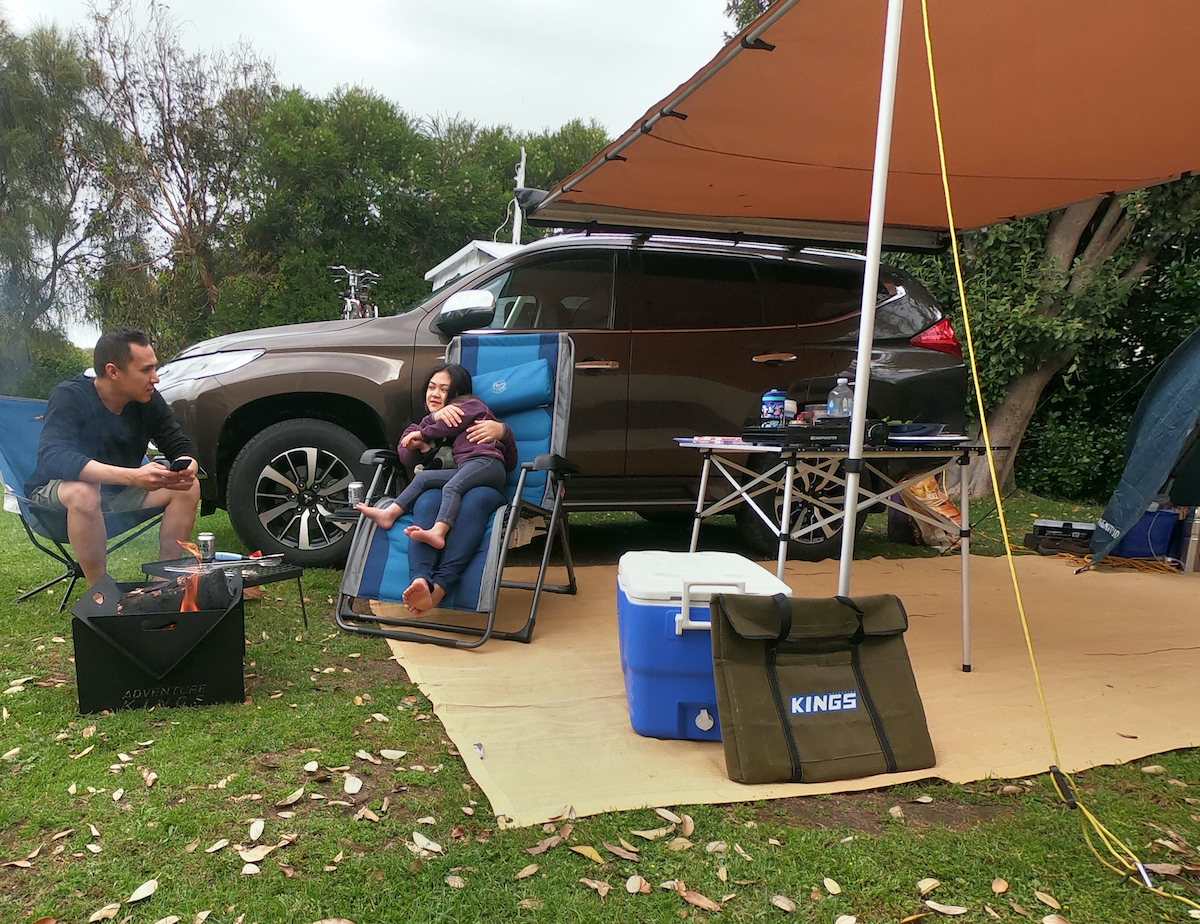 campfire  bonfire marengo holiday park camping adventure kings awning adventure kings portable firepit